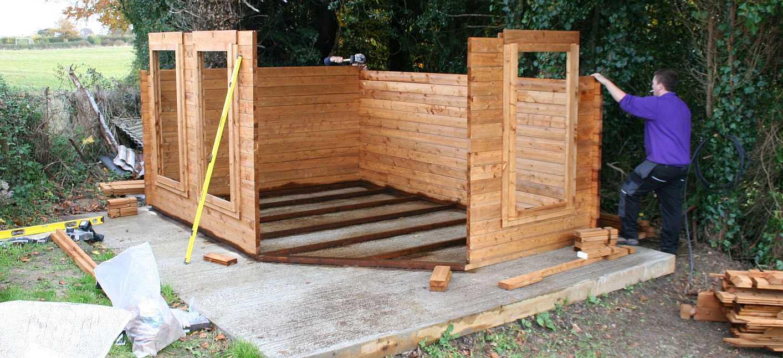 Wood for Log cabin construction methods